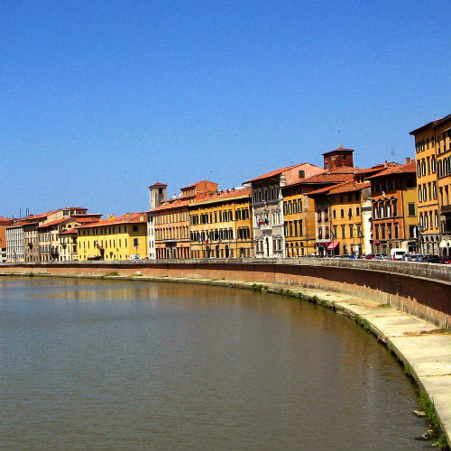 Pisa: the river Arno